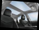 Toyota Prius v 2015 Фото 04