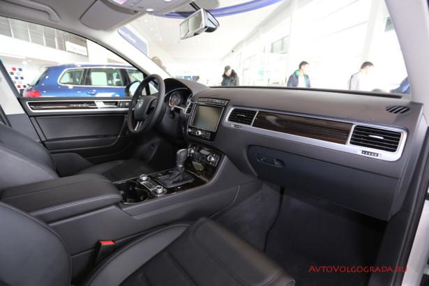 Volkswagen Touareg 2015 Волгоград Арконт Фото 19