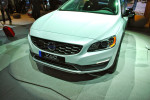 Volvo V60 Cross Country 2015 Фото 12