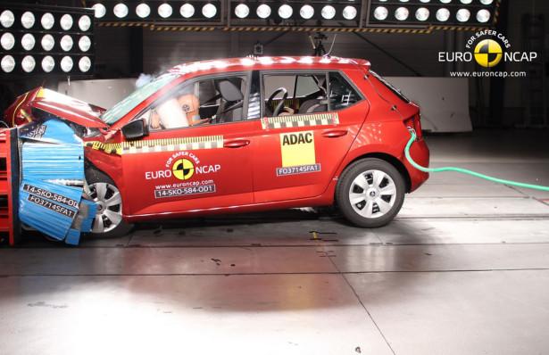 Skoda Fabia Краш тест Euro NCAP 2015 Фото 4