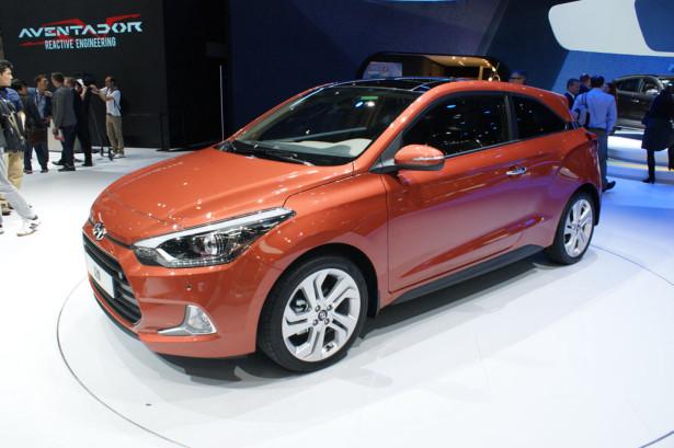 Hyundai i20 Coupe 2015 фото 08