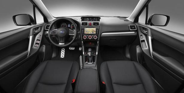 Subaru Forester 2015 интерьер