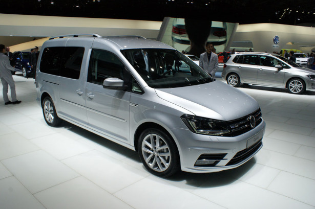 Volkswagen Caddy Max 2015 Фото 01