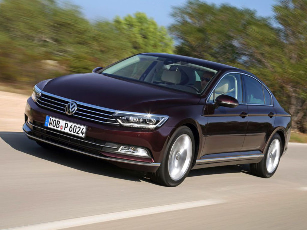 Volkswagen Passat - автомобиль 2015 года