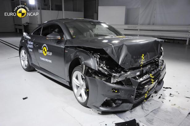 краш-тест Euro NCAP Audi TT 2015 Фото 05