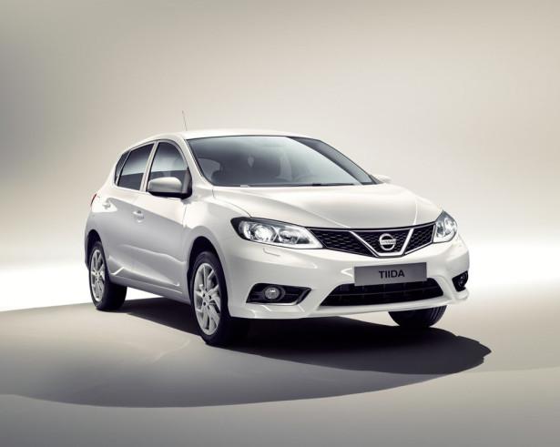 Nissan Tiida 2015 Фото 17