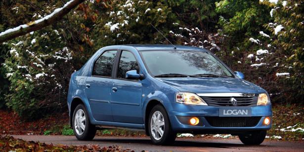 старый Renault Logan