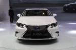 Lexus ES 2015 Фото 10