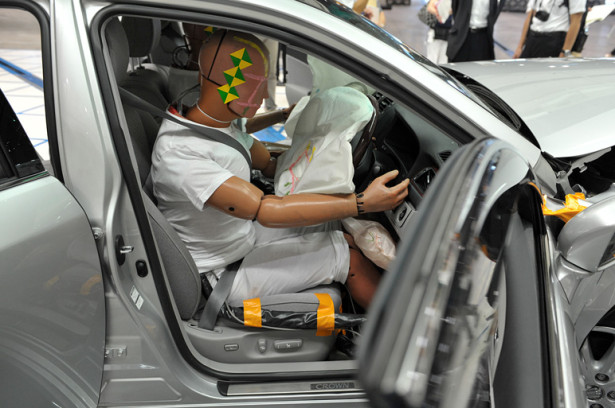 Отзыв автомобилей Toyota и Nissan