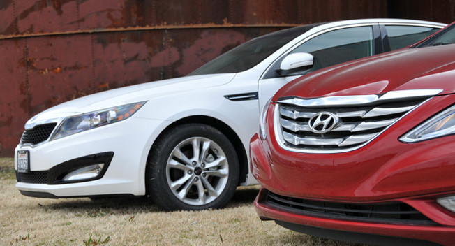 hyundai kia Hyundai and kia are jumping back into the large crossover segment with two models recently spotted by spy photographers.
