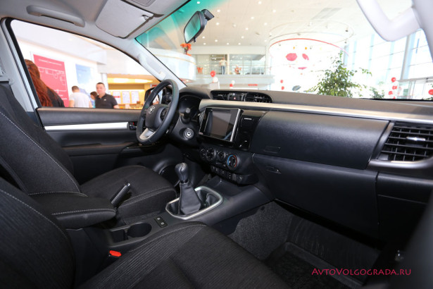 Toyota Hilux 2015 и Land Cruiser Prado Агат Фото 18