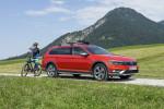 Volkswagen Passat Alltrack Фото 04