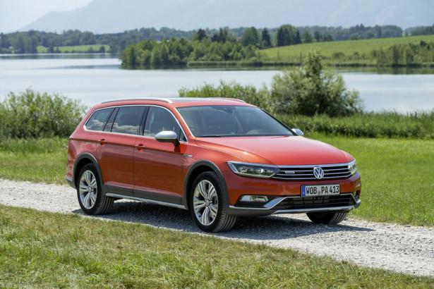 Volkswagen Passat Alltrack Фото 24