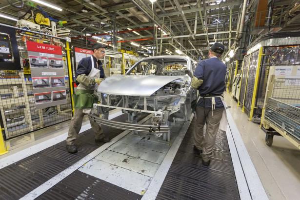 Завод Nissan Juke 2015 Фото 12