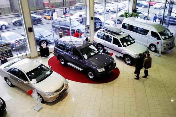 АЕБ сентябрь ознаменован спадом автопродаж в РФ