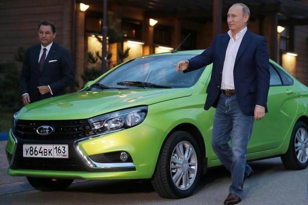 В. Путин провел тест-драйв новой Lada Vesta