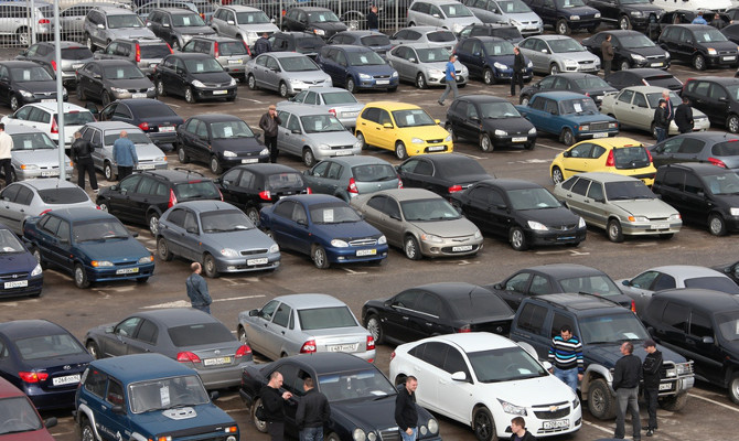 406снує досить багато різних місць, де можна купити машину на будь-який смак, до