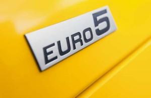 Автомобили стандарта Евро-5 станут обязательными для России в 2016 году.