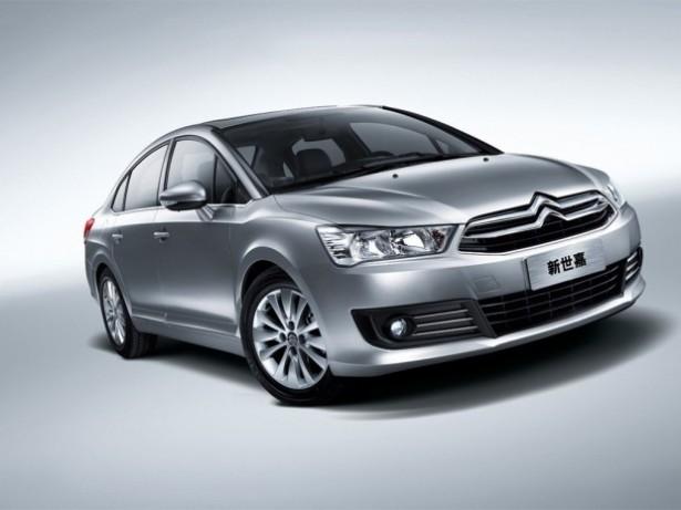 Citroen официально представил  модифицированный С4 для китайского рынка