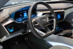 Концепт Audi E-tron Quattro Фото 01