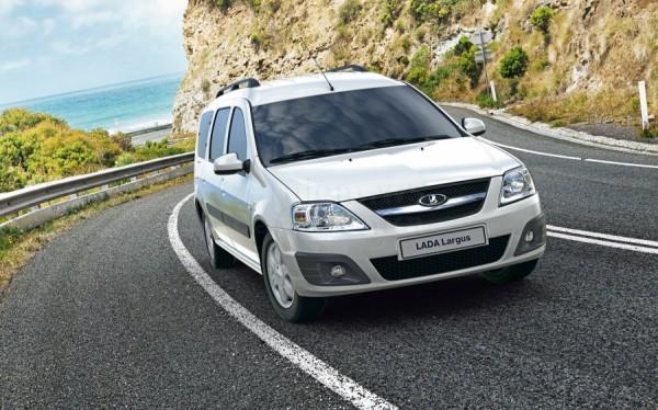 Lada Largus стала самым популярным минивэном в России