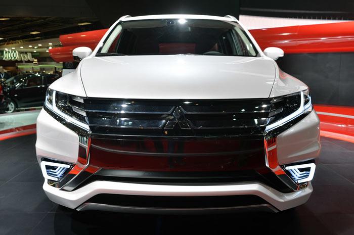 Концерн Mitsubishi официально представил рестайлинговый кроссовер ASX 2016