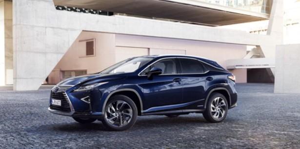 Lexus RX уже в продаже у российских дилеров