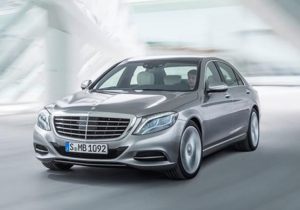 Mercedes анонсировал более доступную модификацию S 400 4Matic