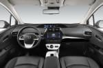 Новый Toyota Prius 2016 Фото 09