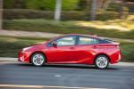 Toyota Prius 2016 фото 03