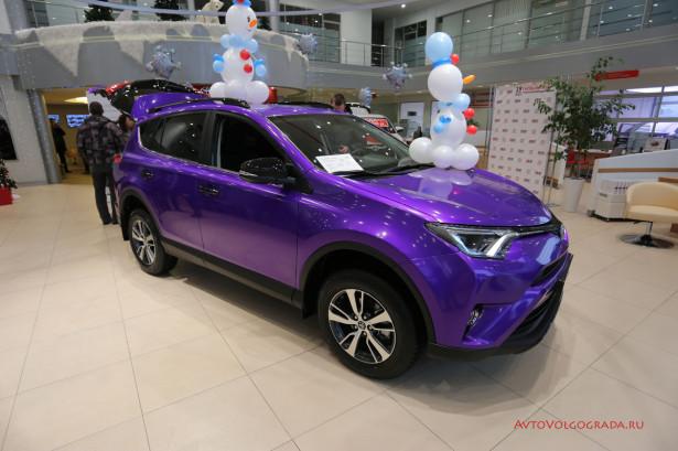 Toyota RAV4 2016 Волгоград 10
