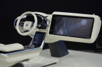 концепт Volvo с большим экраном 2015 фото 02