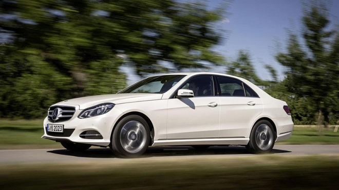 Mercedes-Benz больше не скрывает цену на люксовый седан E 200