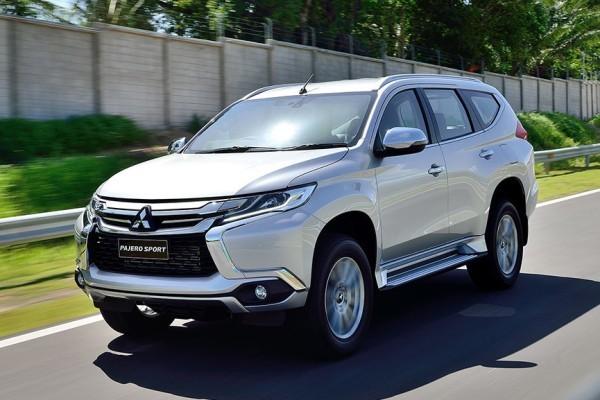 Mitsubishi  отзывает автомобили в Японии из-за неисправности поворотников