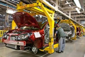 Renault интригует россиян новой неизвестной моделью