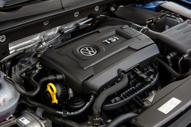 2015-VW-Golf-Sportwagen-1.8-tsi