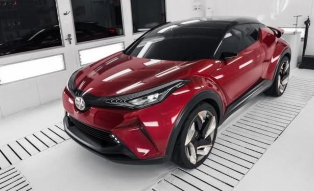 Toyota CH-R поступит на рынок США весной 2017 года