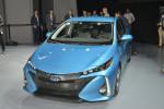 Toyota Prius Prime 2017 Фото 06