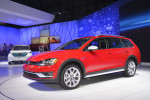 Volkswagen Golf Alltrack 2017 Фото 08