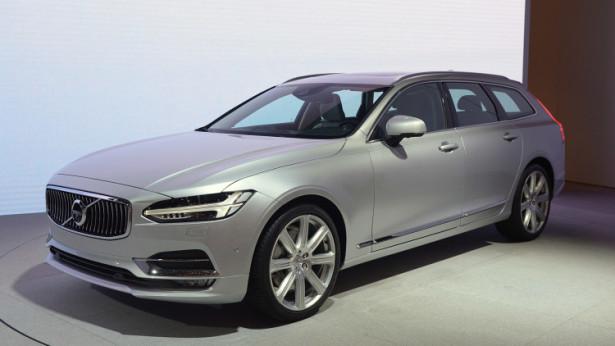 Volvo презентовали свой первый универсал V90 в Женеве