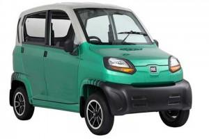 В мае в Казахстан приедет самый дешевый в мире автомобиль Bajaj Qute