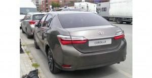 Рестайлинговую Toyota Corolla заметили на дорогах