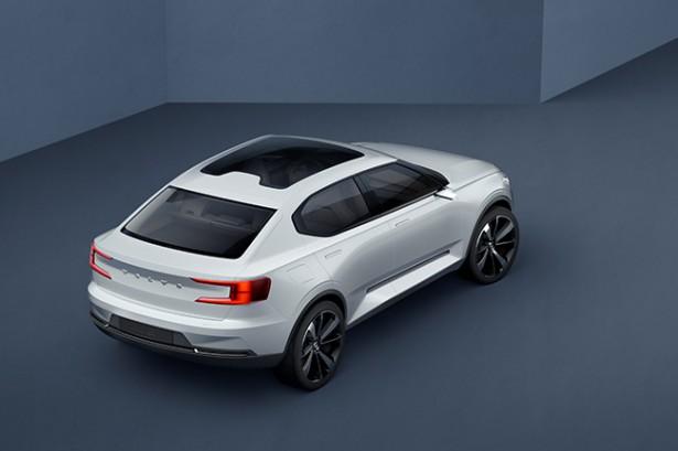Volvo показала два новых концепта-предвестника моделей XC40 и V401