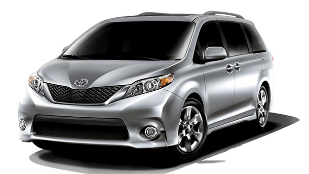 Автоконцерн Toyota представил обновленный минивэн Estima