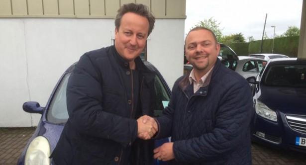 Дэвид Кэмерон купил подержанный Nissan Micra