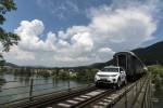Land Rover Discovery Sport буксирует поезд Фото 6
