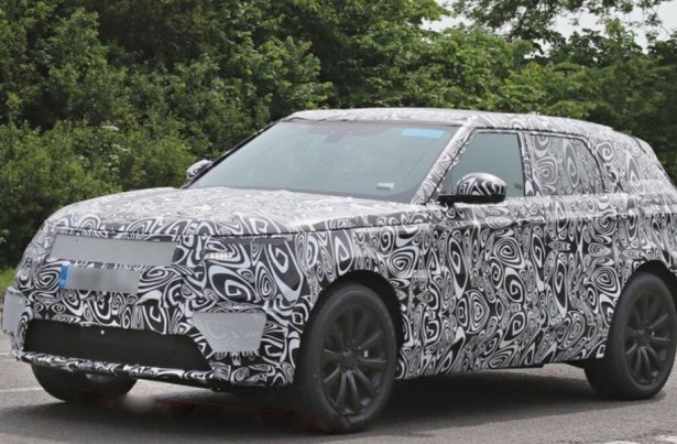 Land Rover тестирует новый кроссовер-купе
