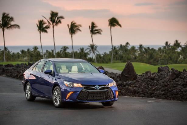 Toyota Camry Hybrid 2017  Фото 08