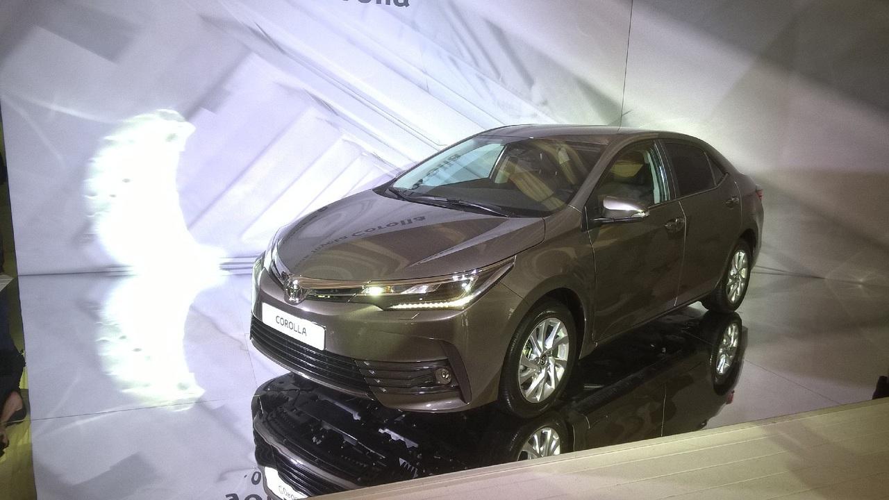 Тойота представила обновленную модель Corolla для российского рынка