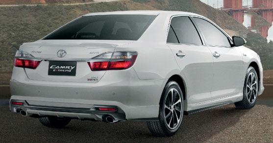 Toyota реализовала в РФ более 300 000 бизнес-седанов Camry